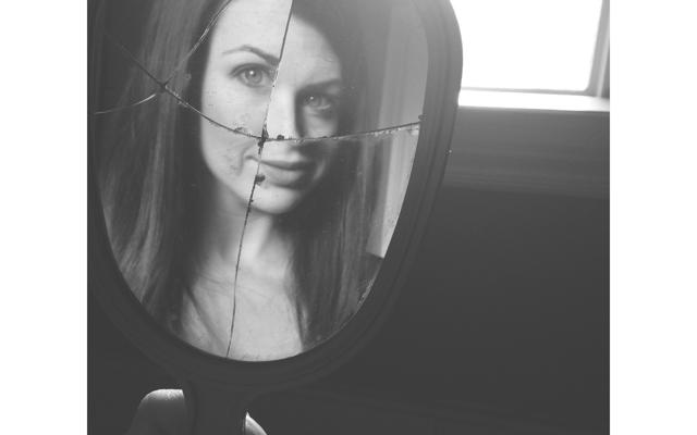 Broken Mirrors | Becky ThompsonBecky Thompson
